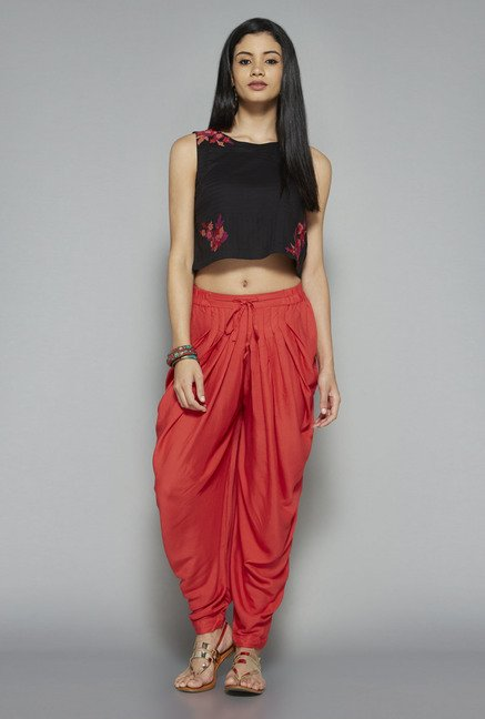 Bombay Paisley by Westside Black Sleeveless Crop Top
