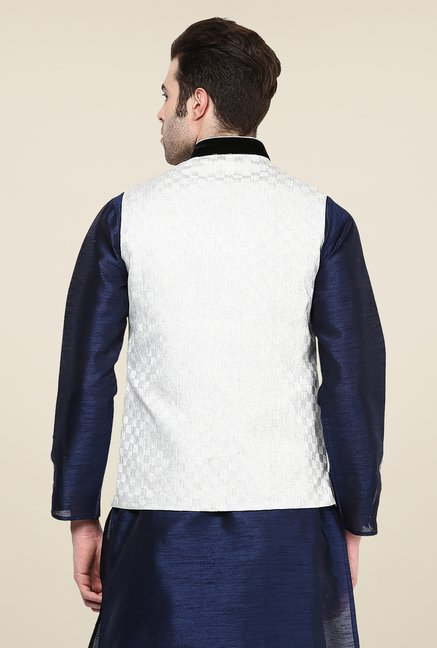 Yepme Off White Inrico Self Print Nehru Jacket