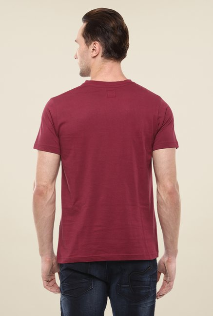 Yepme Maroon East Coast Printed T Shirt