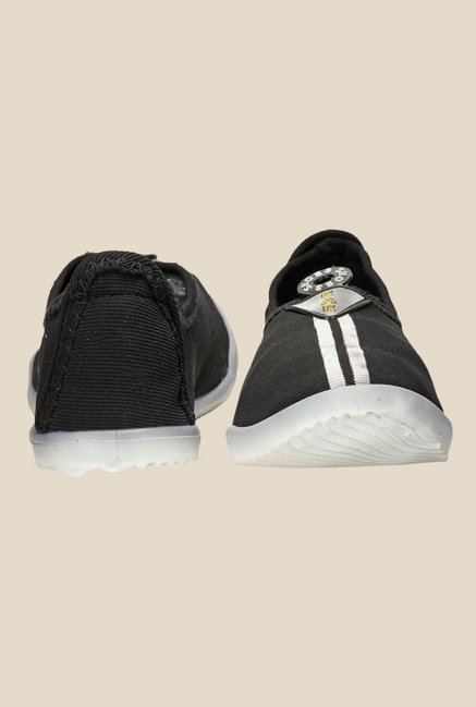 Yepme Black & White Casual Shoes