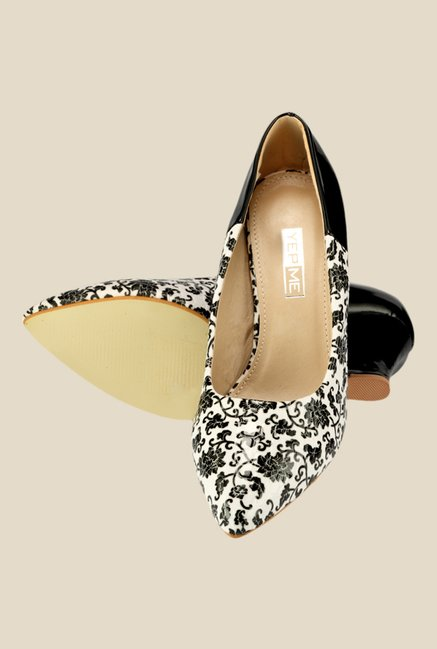 Yepme Black & White Wedge Heeled Pumps
