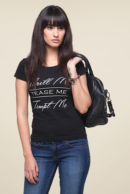 Yepme Thrill Me Black T Shirt