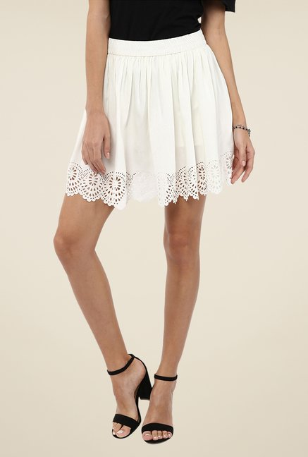 Yepme White Kimmince Solid Skirt