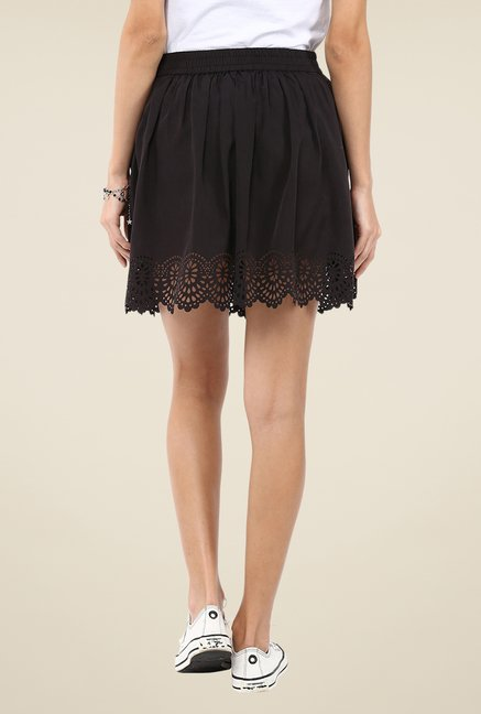 Yepme Black Kimmince Solid Skirt