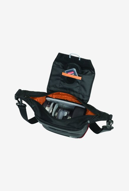 LowePro LP36336 Compact Courier 80 Shoulder Bag (Black)
