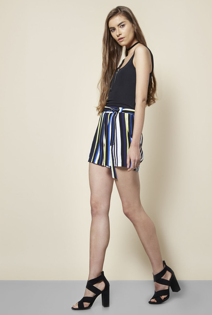 New Look Multicolor Leah Shorts