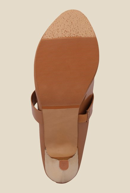 Solester Brown Casual Sandals