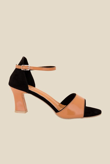 Solester Beige & Black Ankle Strap Sandals