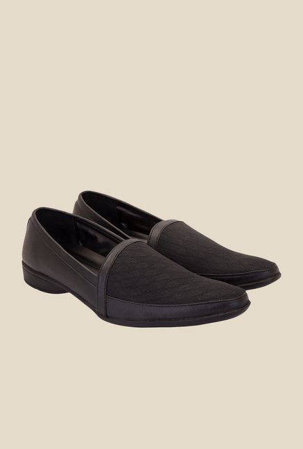 Solester Black Formal Slip-Ons