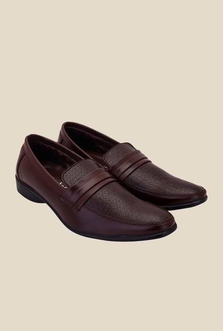 Solester Brown Formal Loafers