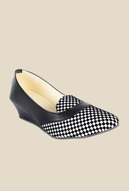 Ethnoware Black & White Wedge Heeled Pumps