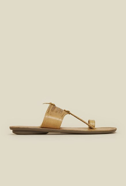 Mochi Beige Toe Ring Sandals