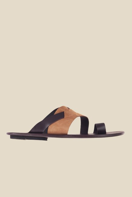 Metro Brown Toe Ring Sandals