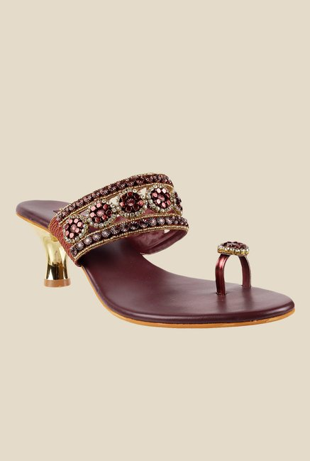Metro Maroon & Golden Toe Ring Sandals