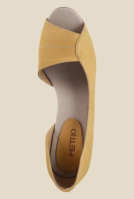 Metro Yellow D'orsay Shoes