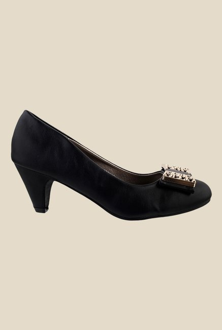 Metro Black Casual Pumps