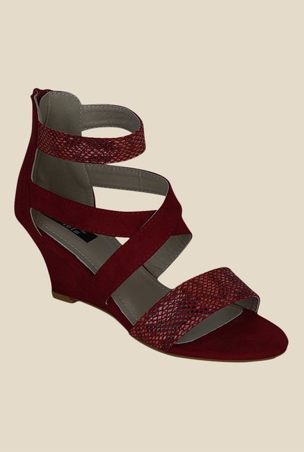 Kielz Maroon Cross Strap Wedges