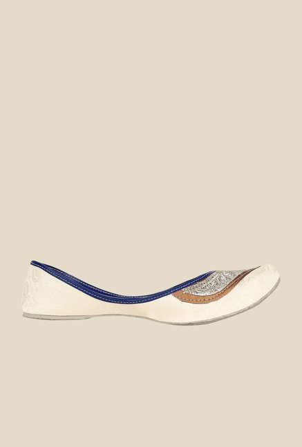 Sassily Beige & Silver Jutti Shoes