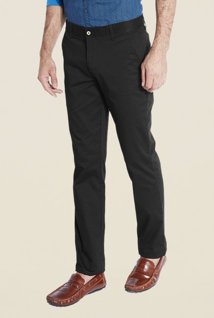 Park Avenue Black Solid Chinos