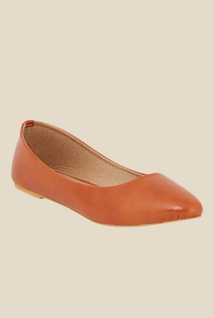 Shoetopia Tan Flat Ballets
