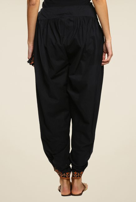 9rasa Black Solid Dhoti Pants