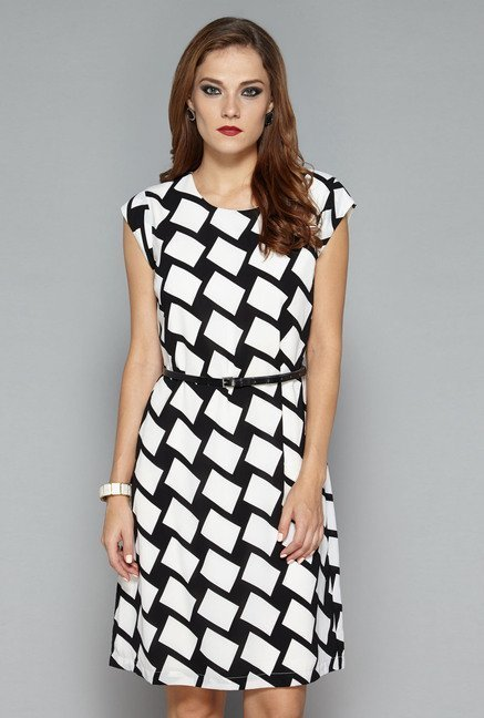 Wardrobe by Westside Black & White Tess Dress