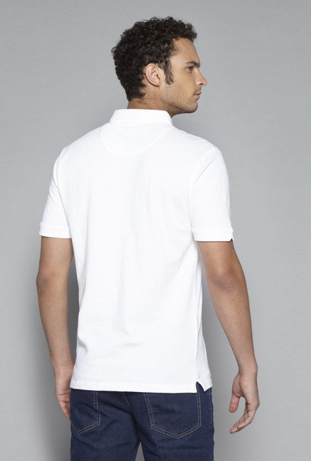 Ascot by Westside White Slim Fit T Shirt