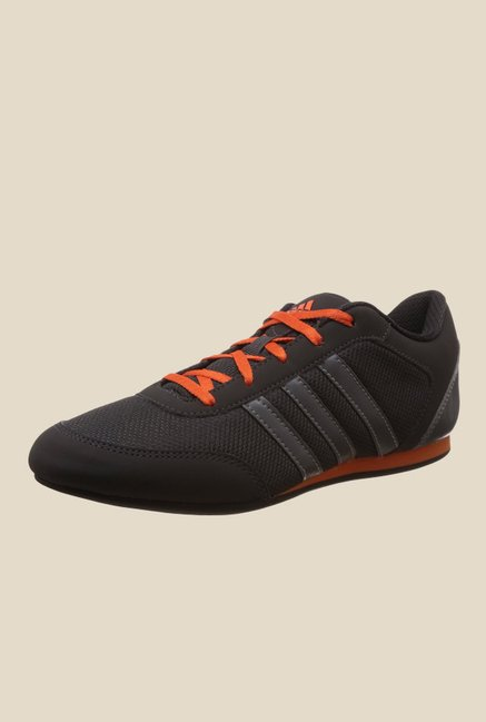 adidas vitoria black sneakers