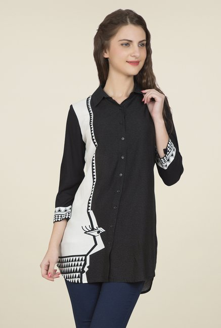 Desi Belle Black & White Printed Shirt