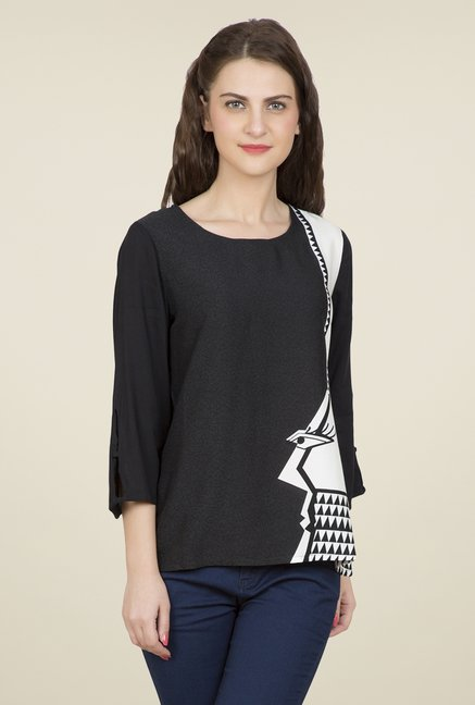 Desi Belle Black Printed Top