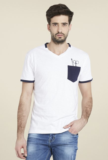 Globus White Trendy Solid T Shirt