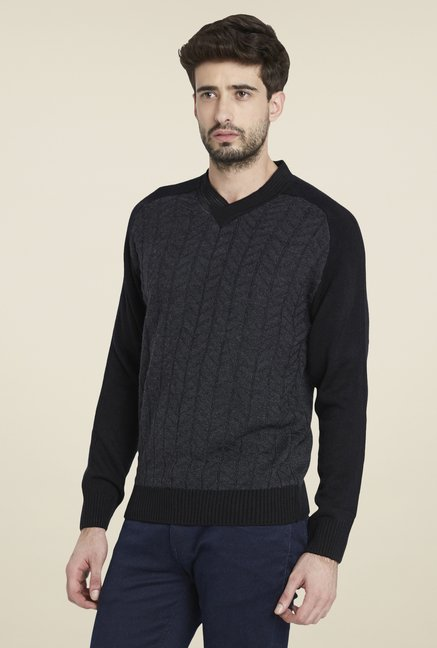 Globus Black Striped Pullover