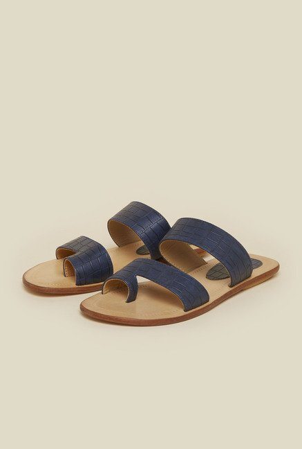 Metro Blue Toe Ring Sandals