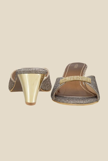 Mochi Antique Gold Casual Sandals