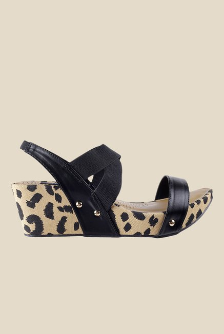 Mochi Black Sling Back Wedges