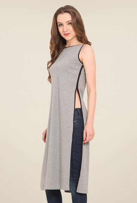 Saiesta Grey Solid Top