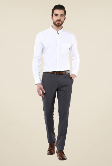 Turtle White Solid Slim-fit Shirt