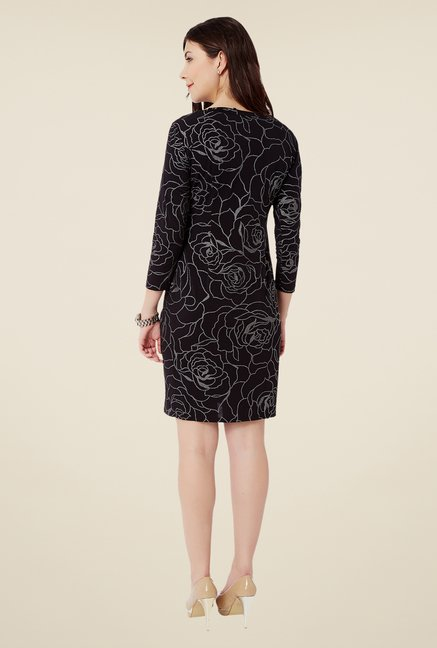 Avirate Black Shift Dress