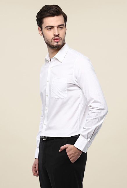 Turtle White Solid Slim Fit Cotton Shirt