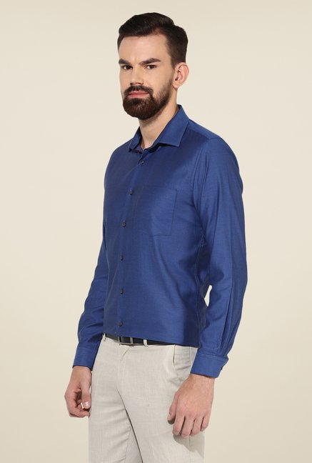 Turtle Blue Textured Slim-fit Shirt