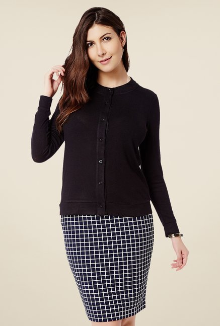 Avirate Black Solid Cardigan