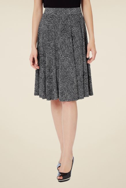 Avirate Black Printed Skirt