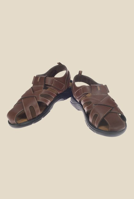 Khadim's Turk Brown Fisherman Sandals
