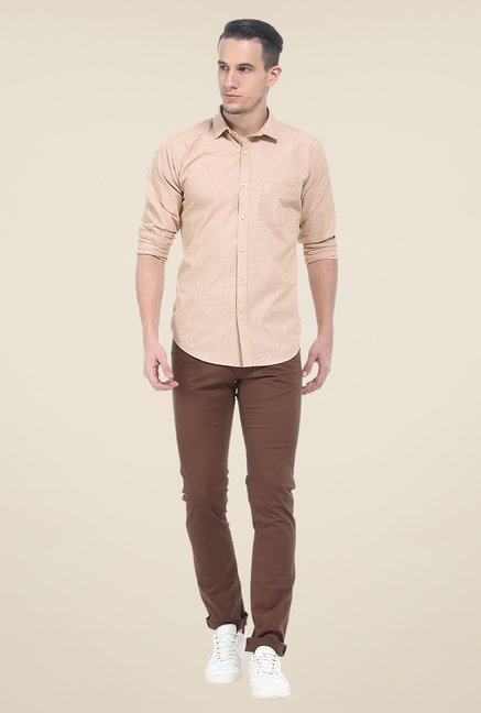 Basics Beige Solid Slim Fit Shirt