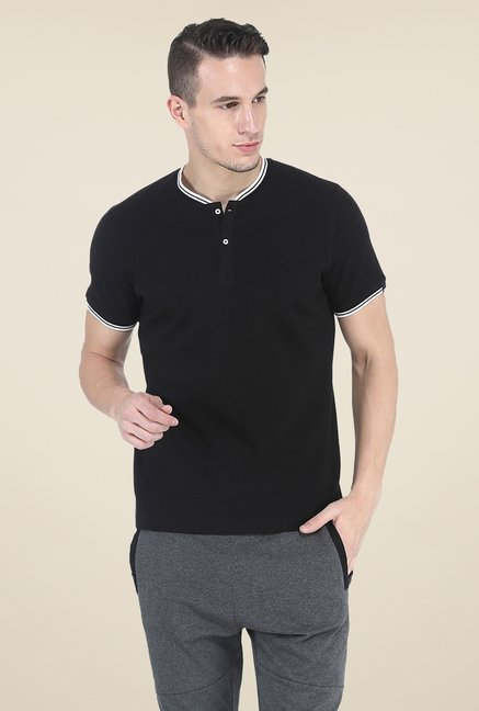 Basics Black Solid T Shirt