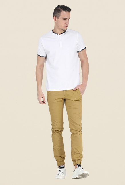 Basics White Solid T Shirt