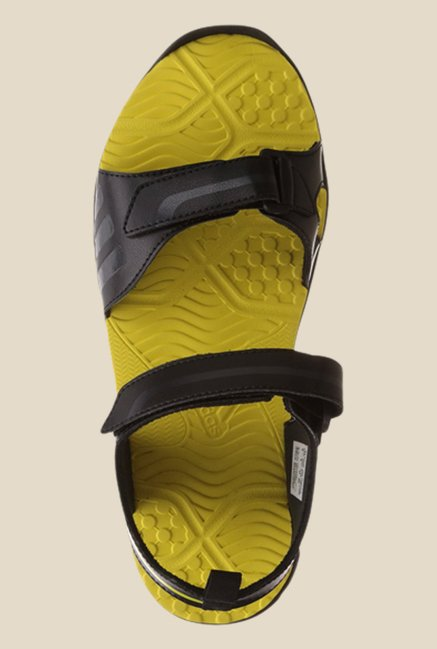 oveja transmisión implicar  Buy Adidas Escape 2.0 Black & Yellow Floater Sandals For Men Online At Tata  CLiQ