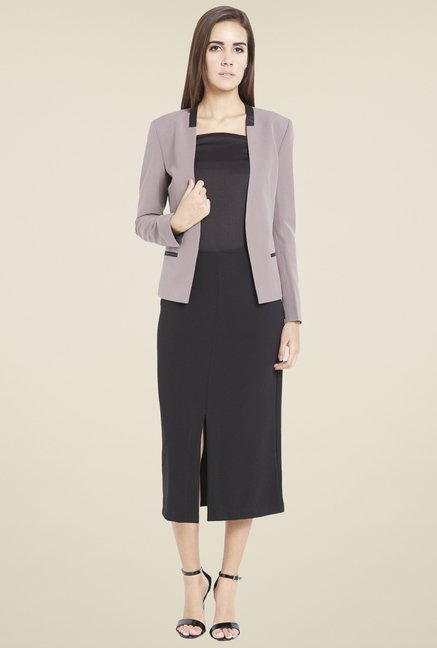 Globus Brown Solid Blazer