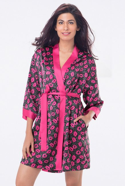 PrettySecrets Black Animal Print Robe