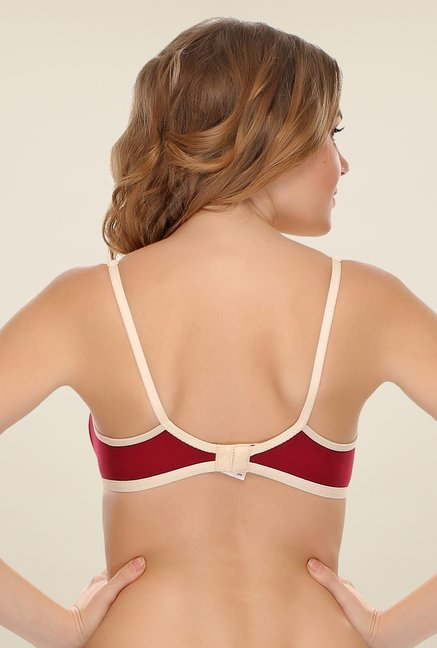 Clovia Beige Solid Sports Bra